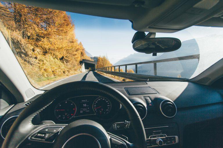 windshield dent, windshield crack, windshield replacement denton tx