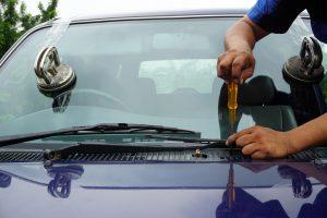 how to fix a broken cracked windshield denton tx windshield repair